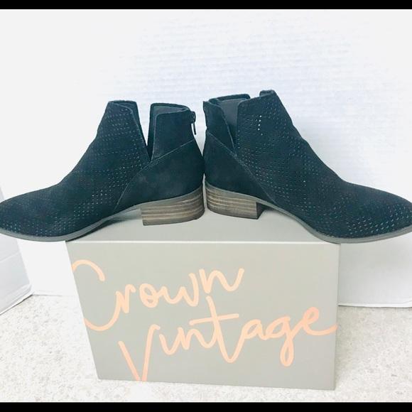 "BLACK DRESS BOOTS BY CROWN VINTAGE ""RUMBLE"""